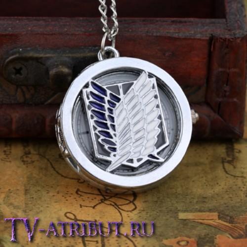 Часы на цепочке с символом Корпуса разведки