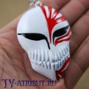 Брелок в виде маски пустого (цвета - красный, черный)