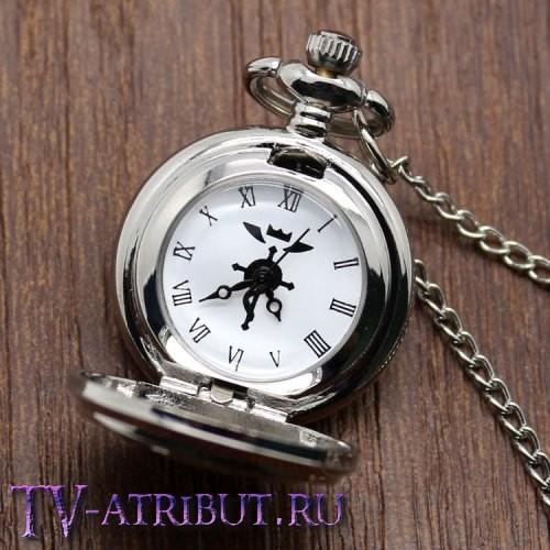 Часы-кулон Эдварда Элрика с флагом Аместриса