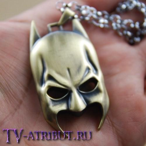 "Кулон ""Маска Бэтмена"" (цвета - бронза, черный)"