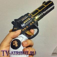 Пистолет (револьвер) Харли Квинн