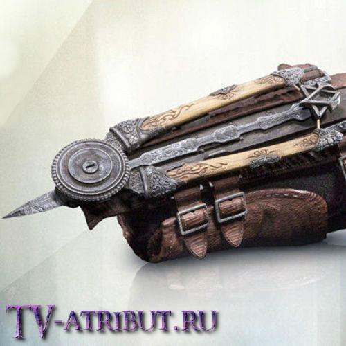 "Призрачный клинок Арно Дориана из игры ""Assassin's Creed"""
