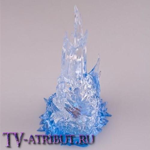 Меч Фростморн в светящемся льду