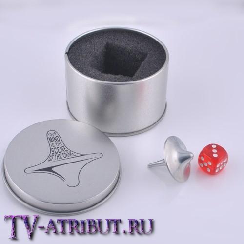 Комплект из волчка (тотем Кобба) и кубика (тотем Артура) в подарочной коробочке