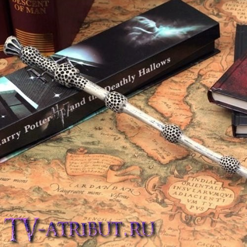 Бузинная палочка профессора Дамблдора, в коробочке