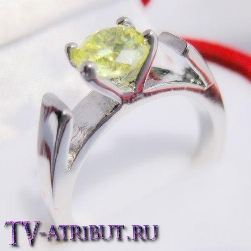 Кольцо Белоснежки, с цирконом и платиновым покрытием
