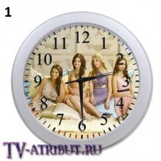 Часы настенные с героинями (3 изображения)